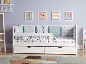 Кровати детские массив