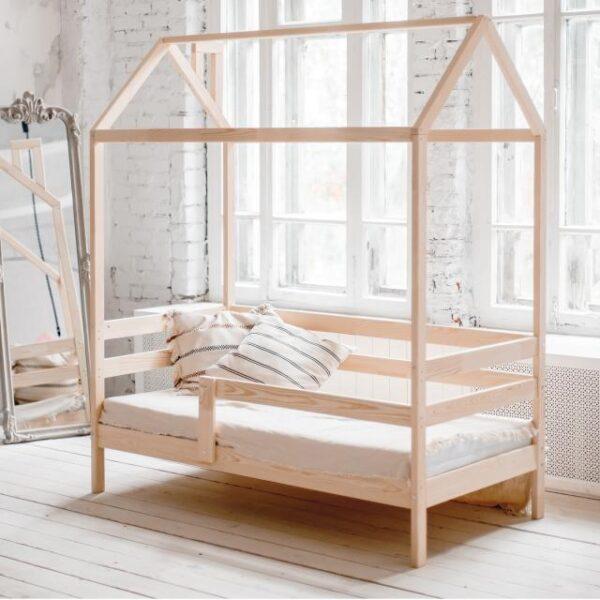 Детская кровать-домик №1